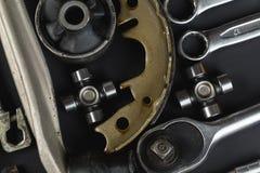 各种各样的汽车零件和工具 库存图片