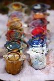 各种各样的油漆罐头 免版税图库摄影