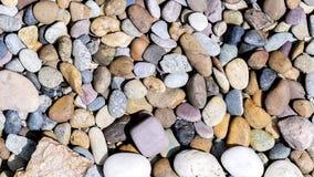 各种各样的色的石头 免版税库存图片