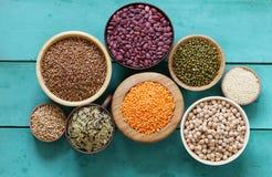 各种各样的谷物豆,扁豆,米, kinoa 库存照片