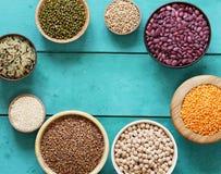 各种各样的谷物豆,扁豆,米, kinoa 图库摄影