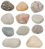 各种各样的颜色石头在白色被隔绝 库存图片
