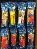 各种各样的Pez糖果分配器待售 库存图片