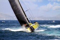 合作赛跑在富豪集团海洋种族的布鲁内尔在事假阿利坎特以后 免版税库存图片