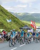 合作彻尔de Peyresourde -环法自行车赛的阿斯塔纳2014年 免版税库存图片
