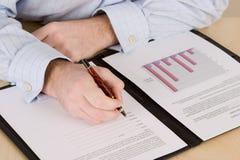 合同人复核 免版税库存照片