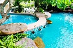 合并手段游泳 免版税库存图片