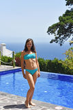 合并游泳妇女年轻人 免版税库存照片