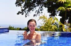 合并游泳妇女年轻人 免版税库存图片