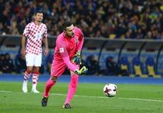 合格的世界杯足球赛2018年:乌克兰v克罗地亚 库存照片