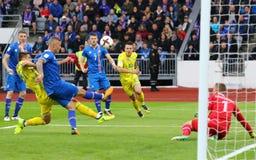 合格的世界杯2018年:冰岛v乌克兰在雷克雅未克 图库摄影