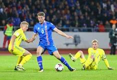 合格的世界杯2018年:冰岛v乌克兰在雷克雅未克 库存图片