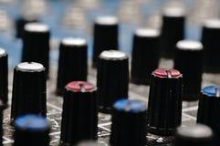 合理的控制台 音频搅拌器 免版税图库摄影