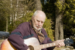 吉他弹奏者前辈 免版税库存照片