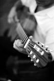 吉他弹奏者西班牙语 免版税库存图片