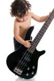 吉他弹奏者年轻人 免版税库存图片