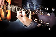 吉他弹奏者 免版税库存照片