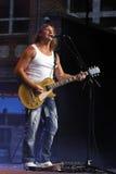 吉他弹奏者mcconnell米克 免版税库存图片