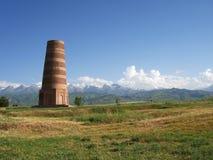 吉尔吉斯斯坦山和BURANA塔 图库摄影