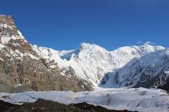 吉尔吉斯斯坦- Pobeda峰顶(托木尔峰) 7,439 m 免版税库存图片