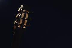 吉普赛吉他脖子特写镜头视图  免版税库存照片