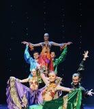吉普赛有蓬卡车吉普赛人节日舞蹈这奥地利的世界舞蹈 库存图片