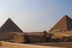 吉萨棉埃及狮身人面象和金字塔  免版税图库摄影