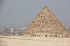 吉萨棉,开罗,埃及金字塔。 免版税库存图片