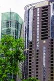 吉隆坡街市与玻璃摩天大楼,马来西亚 库存图片