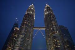 吉隆坡,马来西亚- 2017年11月3日:双峰塔天空桥梁 免版税库存图片
