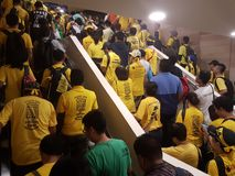 吉隆坡,马来西亚- 2016年11月19日:数千Bersih在城市街道上的5个抗议者 免版税库存图片