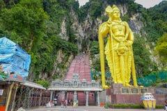 吉隆坡,马来西亚- 2017年3月9日:Murugan世界` s最高的雕象,一个印度神在黑风洞,非常 免版税库存照片