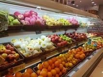吉隆坡4月20日2017年 在Jaya菜市场超级市场的食物显示 库存照片