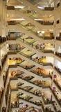 吉隆坡购物中心正方形时间 库存照片