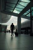 吉隆坡 2017年,游人2月18日,在吉隆坡国际机场中 免版税库存图片