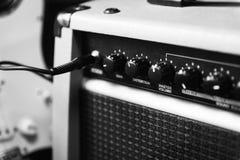吉他和amp 免版税库存图片