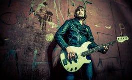 吉他弹奏者 免版税图库摄影