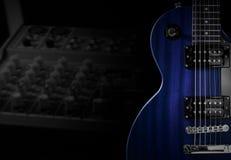 吉他放大器特写镜头有起重器缆绳的 免版税库存图片