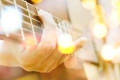 吉他演奏员多重曝光  库存照片