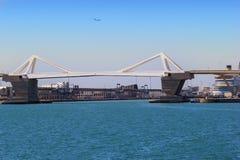 吊桥在巴塞罗那 库存照片