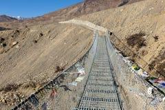 吊桥,喜马拉雅山,尼泊尔 免版税库存照片