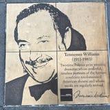 同性恋者步行,彩虹荣誉步行,田纳西・威廉斯 免版税图库摄影