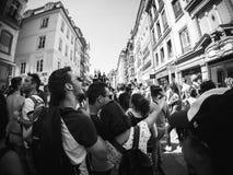 同性恋自豪日在黑白的法国 免版税库存照片