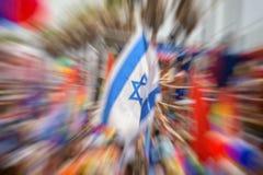 同性恋自豪日游行在特拉维夫,抽象行动迷离作用 图库摄影