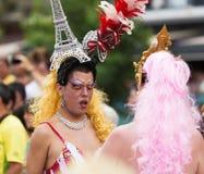 同性恋自豪日游行的执行者在锡切斯 免版税库存图片
