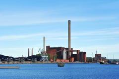 同时发热发电在中央赫尔辛基,芬兰 免版税图库摄影