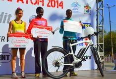 名列前茅三妇女索非亚马拉松 免版税库存图片
