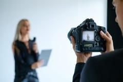后台录影摄制照相机设备概念 库存图片
