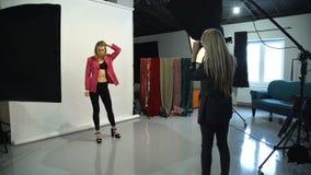 后台时装模特儿摄影师生活方式 影视素材