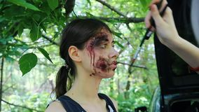 后台申请蛇神启示射击的构成 在年轻女人的蛇神构成 影视素材